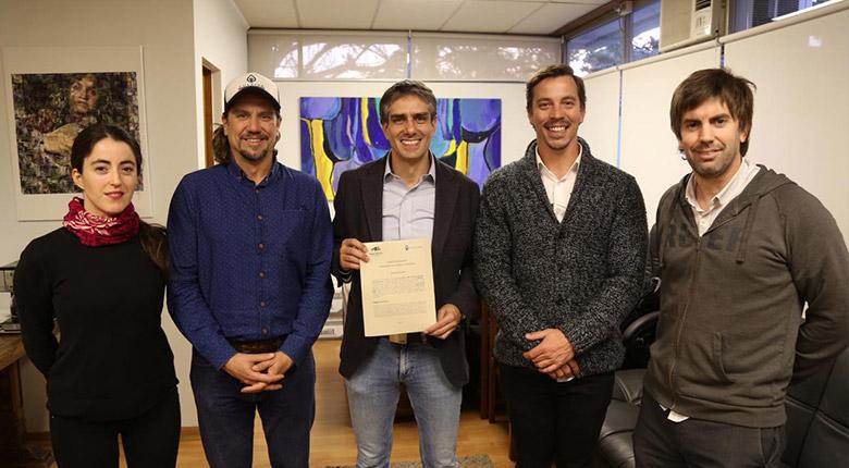 Firma de convenio Parque Mahuida y Corporación Cultiva (15 de mayo 2019)
